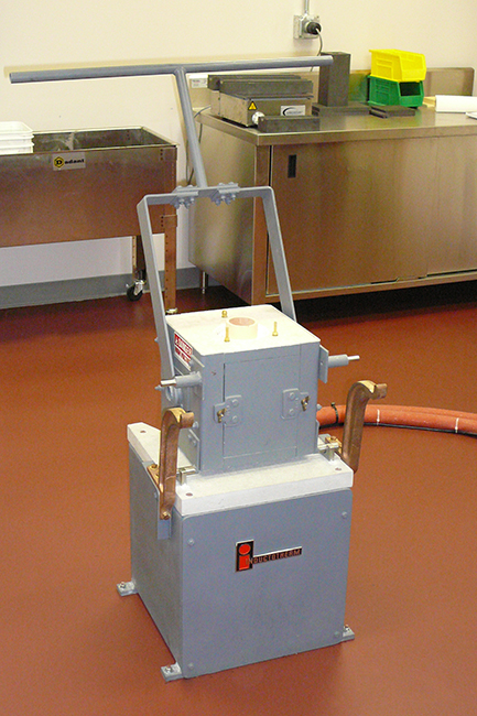Inductotherm Hornos Tipo Mini-Melt